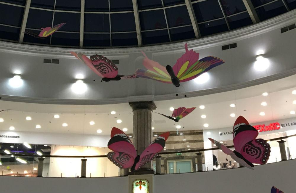 Бабочки в ТЦ